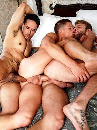 Gangbang Gay Porn Pics
