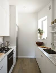 Minimalist And Small But Smart Kitchen Design (via Digsdigs)