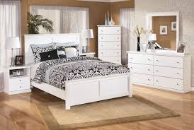 Ashley Furniture Bostwick Shoals Panel Bedroom Set in White | New ...