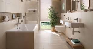 Badezimmer halbhoch gefliest malermeister eugen schroder in bielefeld. Die Richtigen Badfliesen Finden Tipps Und Ideen