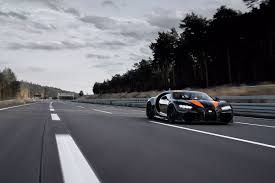 When it came time to capture the land speed record, specialized bugatti chiron specs were devised to go faster than 300 miles per hour. Watch This Bugatti Chiron Shatter A World Speed Record The Manual
