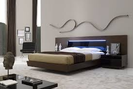 Real Wood Tobacco Platform Bed with Tinted Black Glass Headboard King   eBay