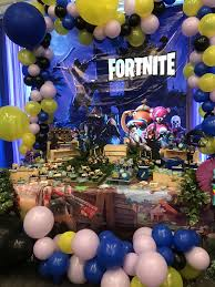 Fortnite Party Candy Table In 2019 Cake Pops Candy Table Cake