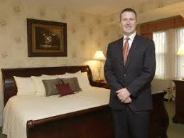 Hotel Manager What Does A Hotel General Manager Do Business Careers Guide
