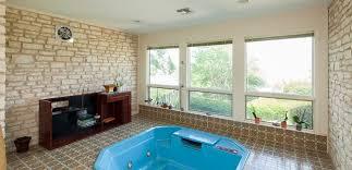 benefits of an indoor hot tub