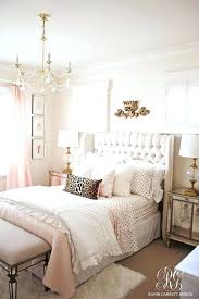 Black White And Gold Bedroom White And Gold Room Ideas Black White ...