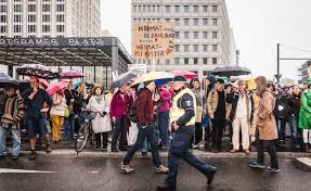 Januar 2020 beschlossene gesetz zur neuregelung gesetzlicher vorschriften zur mietenbegrenzung (mietenwog bln). Wie Der Berliner Mietendeckel Den Wohnungsmarkt Zerstort Capital De