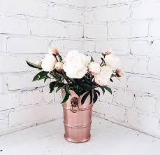 My favourite things.. White, peonies & rose gold decor! | DECOR ...