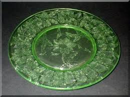 green glass plates glass co poinsettia uranium green depression glass plate vintage green glass plates with