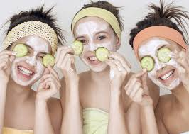 many artificial s are available in the market like a cuber face pack and cream natural cuber is best for removing makeup