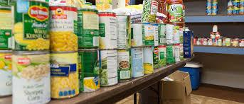 Esu Insider Esu And St Matthews Church Offer Food Pantry For