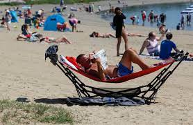 Boston-area temperatures staying hot Sunday and Monday – Boston Herald