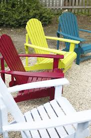 to spray paint a wooden adirondack chair