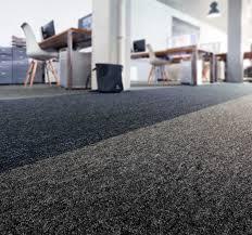 Casa teppichboden in berberoptikder schlingenteppichboden casa ist ein besonders dickmaschiger schlingenteppichboden mit absolutem wohlfühlfaktor. Teppichboden Andesit Und Andesit Fliese