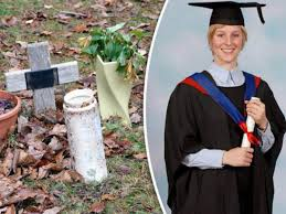 Joanna yates n'a mis aucune boutique en favoris. Jo S Grave Tribute Family Of Joanna Yeates To Lay Headstone Six Years After Her Murder Daily Star