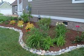 Diy Lawn Edging Ideas Landscaping Stones Mix And Match Stone Shapes And Colors For A