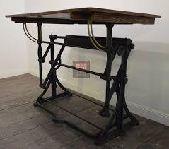Table De Dessin Coloriage De Table D Coloriage Table Imprimer