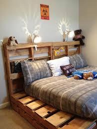 Hochbett selber bauen ist nicht schwer! 21 Ideen Fur Palettenbett Im Schlafzimmer Freshouse