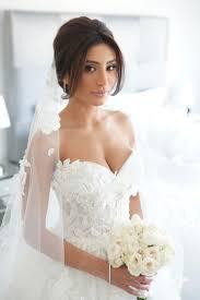 チャペルで挙式する花嫁の為の王道アップスタイルまとめ Marryマリー