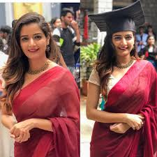 Graduation Saree Design Two Timng Juggling Between Acting And Classes Phew She