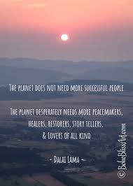 Dalai Lama Zitat Der Planet Braucht Nicht Mehr Erfolgreiche Etsy
