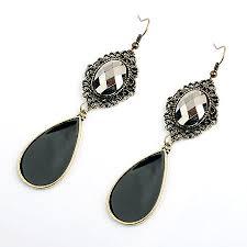 monroe chandelier earring