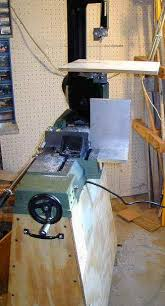 harbor freight bandsaw stand. bandsawmods.jpg (30081 bytes) harbor freight bandsaw stand