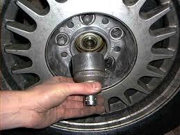 car bearings. replacing the front wheel bearing car bearings