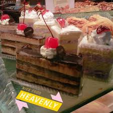 Slice Cakes Breadtalk Roti Kue Kelapa Gading Jakarta