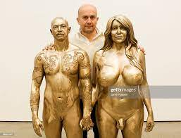 Artist Marc Quinn poses with his sculpture of Allanah Starr and Buck...  News Photo - Getty Images