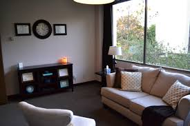 psychologist office design. couples counseling jennine san diego psychologist office design