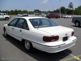 1991 White Chevrolet Caprice Classic Sedan #33146747 Photo #2 ...