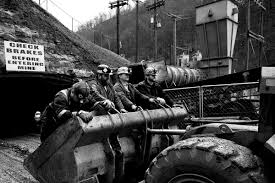 a glimpse into the life of a modern day coal miner west virginia a glimpse into the life of a modern day coal miner
