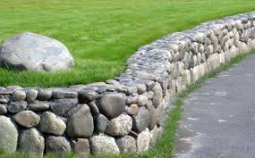 retaining wall construction and repairs