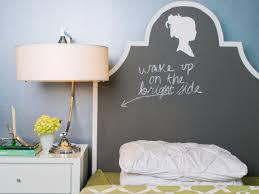 Rx Maureen Inglenook Decor Silhouette Chalkboard Headboard With Writing S  Rend Hgtvcom