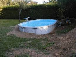 Piscine Ronde Semi Enterre Top Dcoration Piscine Semi Enterree Enterrer Piscine Hors Sol Intex