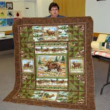 34 best panel quilts images on Pinterest | Attic window, Carpets ... & Interesting use for panel pieces North Star Quilt Guild - idea for J. Adamdwight.com