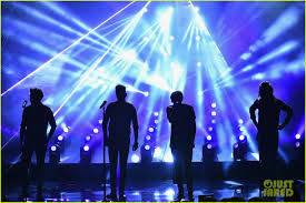 One Direction Concert Lights One Direction Takes The Stage For Amas 2015 Performance