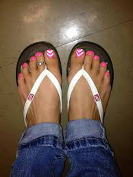pink and white chevron painted toes toe nails