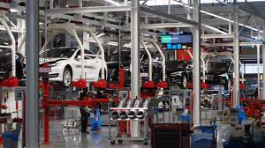 the audi hungaria facility located in gyor hungary has begun building what the german manufacturer refers to as electric motor axles which bine motors