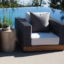 The Best Materials for Modern Outdoor Furniture | Design Necessities