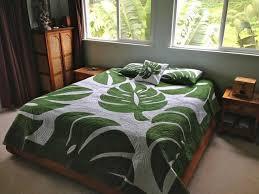 40 best Hawaiian Quilt Patterns images on Pinterest | Hawaiian ... & Hawaiian Style Monstera Leaf Queen Size Quilt Adamdwight.com