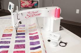 Best Long Arm Quilting Machine for the Money - Vault50 & This is a high-quality, heavy-duty, and high-performance  electrically-powered manually-guided long-arm quilting machine that comes  with a height-adjustable ... Adamdwight.com