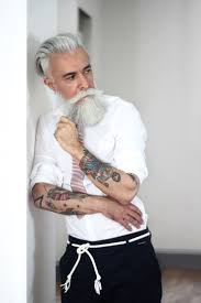 124 best images about uomo on Pinterest Brad pitt Jamie dornan.