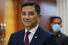 Is Azmin positive for Covid-19? Aide says keep calm and respect ...