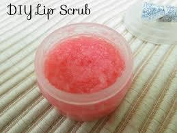 diy lip scrub diy oil free lip scrub make lush bubblegum diy