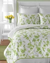 Bedroom: Comfortable Macys Quilts For Excellent Colorful Bedding ... & Macys Quilts   Queen Coverlets Bedspreads   Queen Quilts on Sale Adamdwight.com
