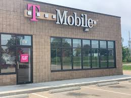 Tmobile Lees Summit Mo Cell Phones Plans And Accessories At T Mobile 2021 W