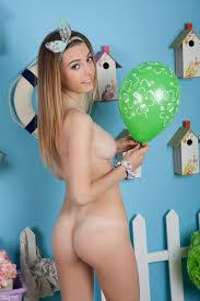 XOTeens Free teen porn gallery AmourAngels Aphrodita Presenting