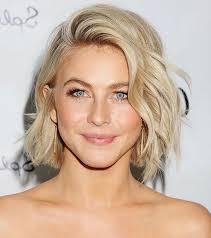 Image Coiffure Blonde Ondulee Coupe De Cheveux Femme